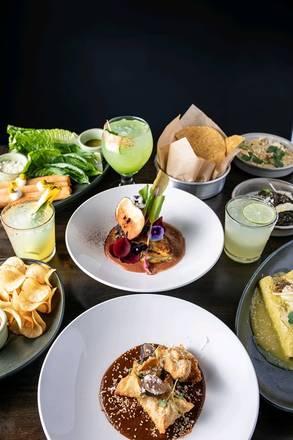 Mercado Cocina │Cantina best comfort food chicago;