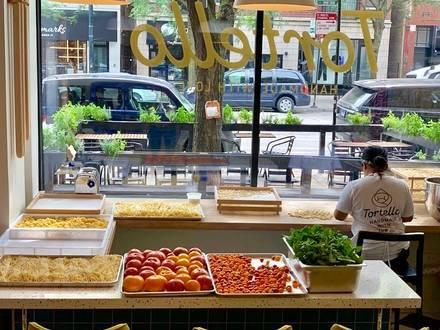 Tortello best chicago rooftop restaurants;