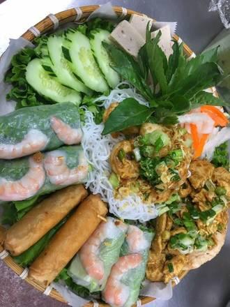 Joy Yee's Noodles - Chinatown best french bistro chicago;
