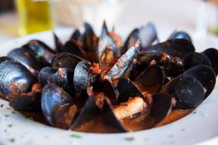 La Gondola Italian Restaurant best french bistro chicago;