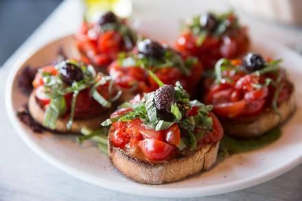 La Gondola Italian Restaurant best greek in chicago;