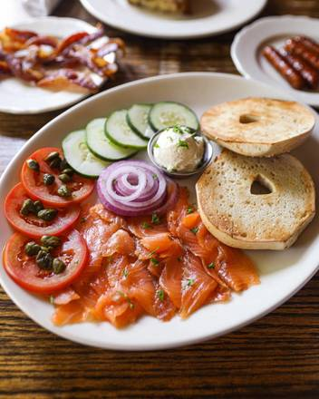 R J Grunt's best comfort food chicago;