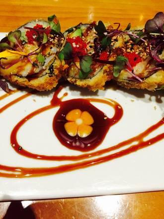 Hot Woks Cool Sushi - Roscoe Village best chicago rooftop restaurants;