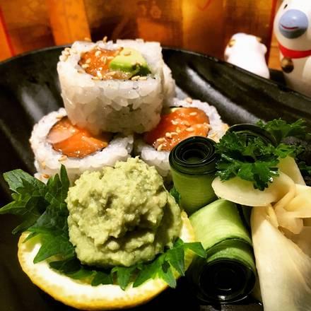 Hot Woks Cool Sushi - Millennium Park best comfort food chicago;