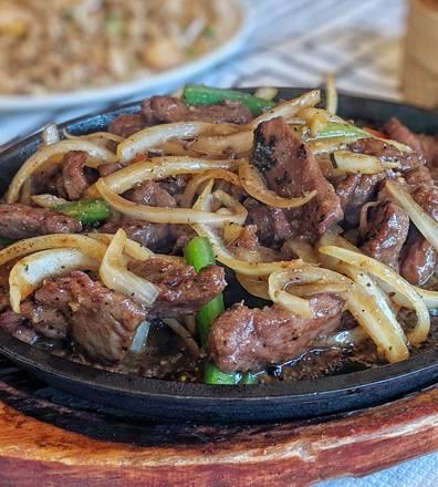 Triple Crown Restaurant best ramen in chicago;