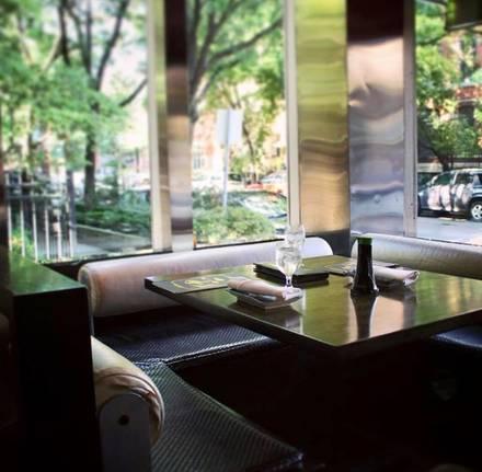 Sai Cafe best chicago rooftop restaurants;