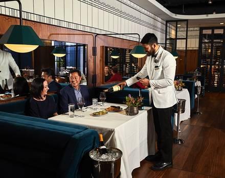 Metropolitan Club best italian restaurant in chicago;