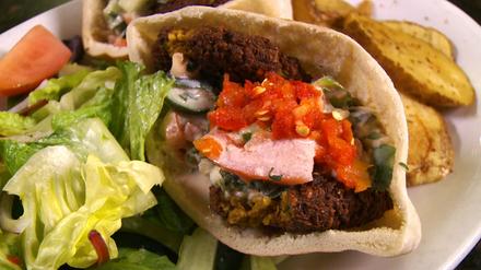 Cedars Mediterranean Restaurant best comfort food chicago;