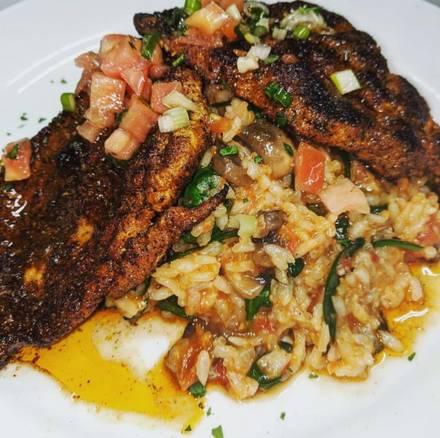 Tutto Italiano Ristorante best fried chicken in chicago;