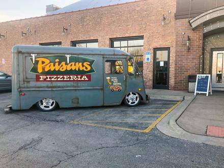 Paisan's Pizza best restaurants in chicago loop;