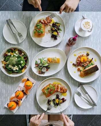 Nix Restaurant best german restaurants in chicago;