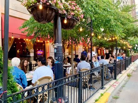 Sofi Restaurant best restaurant in chicago;