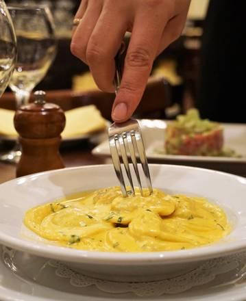 Riccardo Trattoria best restaurant in chicago;