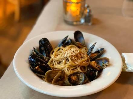 Cite best restaurants in chicago loop;