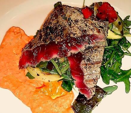Rivers best restaurants in downtown chicago;