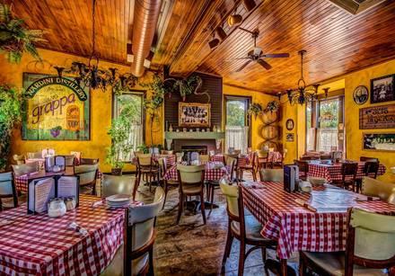 Vinny Vanucchi's 'Little Italy' - Galena best comfort food chicago;