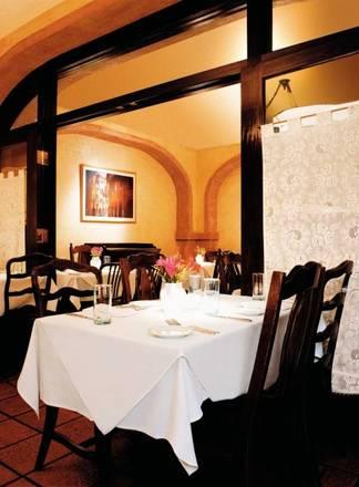 Trattoria No. 10 best ramen in chicago;