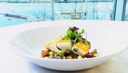 Riva Crabhouse on Navy Pier Best Steak Restaurants;