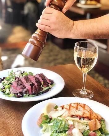 Elephant & Castle - North Wabash best comfort food chicago;