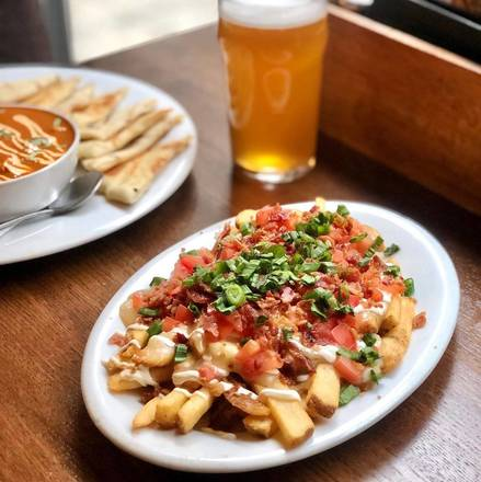 Elephant & Castle - North Wabash best fried chicken in chicago;