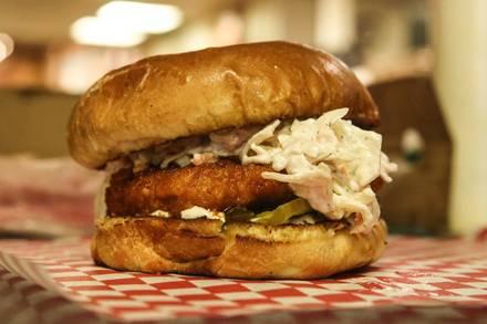 Philly's Best best restaurants lincoln park;
