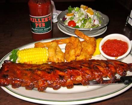 Miller's Pub best italian restaurant in chicago;