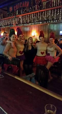 Kasey's Tavern best greek in chicago;