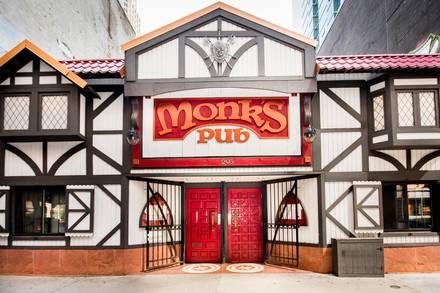 Monk's Pub best comfort food chicago;