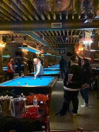 G Cue Billiards and Restaurant best comfort food chicago;
