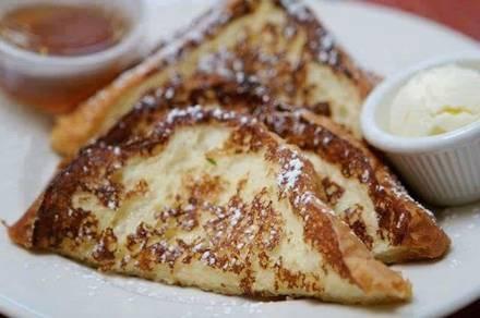 Sweet Maple Cafe best german restaurants in chicago;