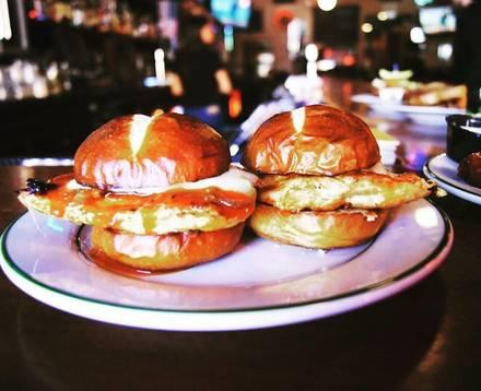 Third Rail Tavern best restaurant chicago;