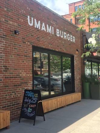Umami Burger - West Loop best chicago rooftop restaurants;