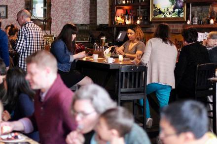 Tack Room best chicago rooftop restaurants;