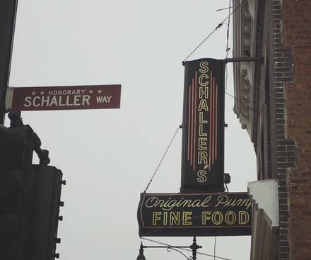Shinnick's Pub best ramen in chicago;