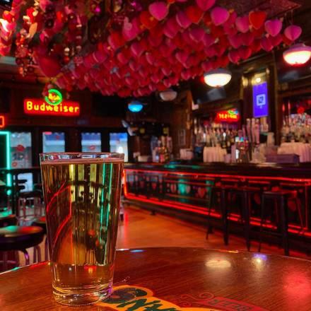 Shenannigans House of Beer best german restaurants in chicago;