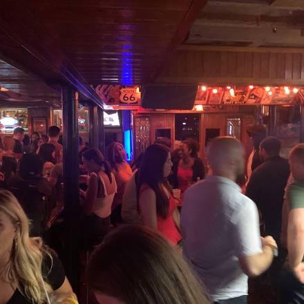 Streeters Tavern best restaurant in chicago;