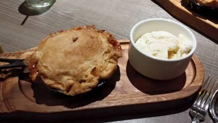 American Craft Kitchen & Bar best fried chicken in chicago;