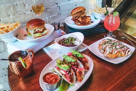 Hopsmith Tavern best greek in chicago;
