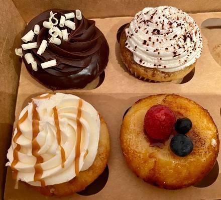 Molly's Cupcakes - Streeterville best chicago rooftop restaurants;