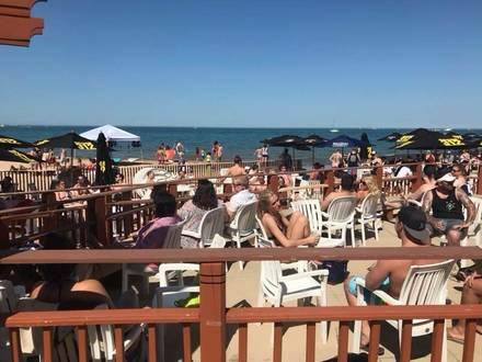 Oak Street Beach best french bistro chicago;