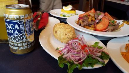 Machu Picchu Restaurant best greek in chicago;