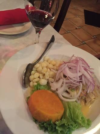 Machu Picchu Restaurant best fried chicken in chicago;