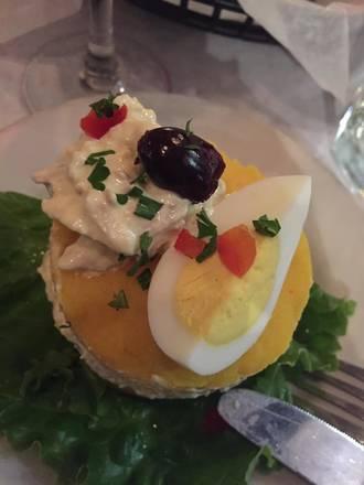 Machu Picchu Restaurant best french bistro chicago;