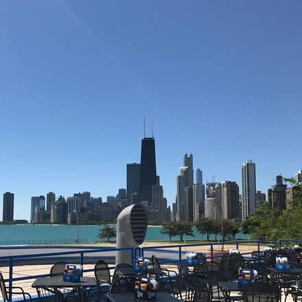 Castaways best italian restaurant in chicago;