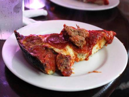 Whale Tale best fried chicken in chicago;