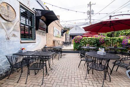 Cleos best chicago rooftop restaurants;