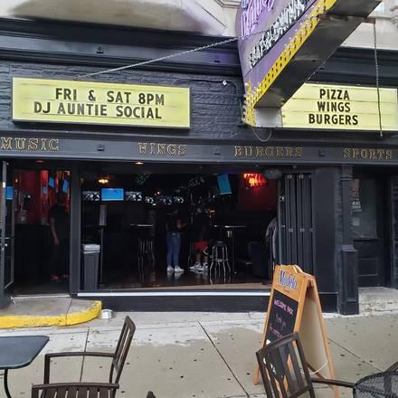Innjoy best greek in chicago;