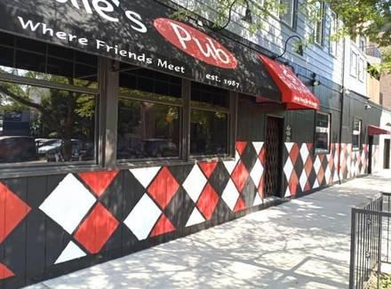Louie's Pub best french bistro chicago;