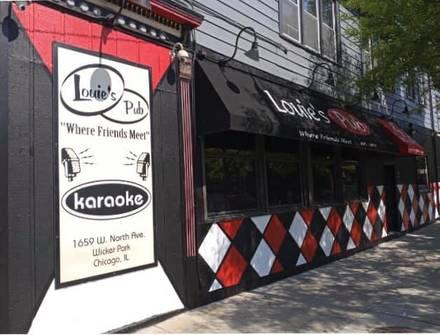 Louie's Pub best fried chicken in chicago;