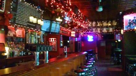 Louie's Pub best italian restaurant in chicago;